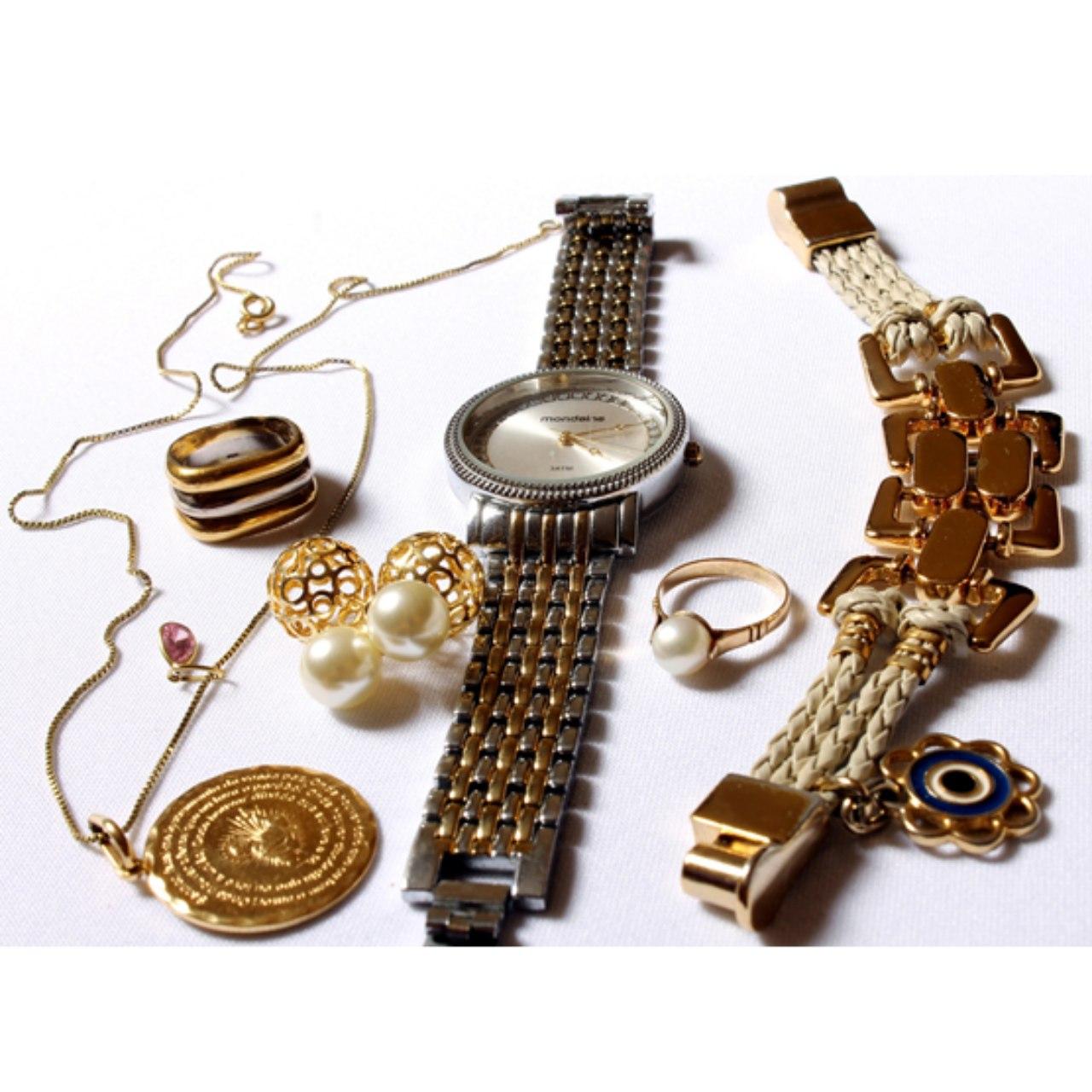 Joyería, Relojes y Accesorios